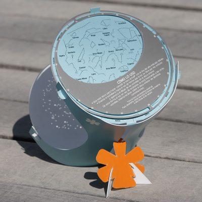 estrellario Antares. Realizado en plástico flexible de alta resistencia (polipropileno).